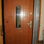 Solidne drzwi z zamkami Gerda