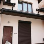 Nasze realizacje I Okna, drzwi i roleta zewnętrzna w budynku mieszkalnym